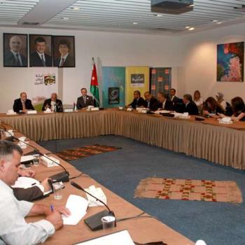 """بلتاجي : يعلن خدمة """"توصيل تكسي""""،، وعن وفد فرنسي في عمان لاستكمال الباص السريع"""